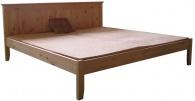 Dřevěná postel Mary