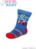 Dojčenské bavlnené ponožky New Baby modro-červené retro car NEW BABY